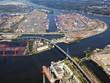 canvas print picture - Hamburg, Köhlbrandbrücke und Containerhafen