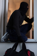 Robber after burglary