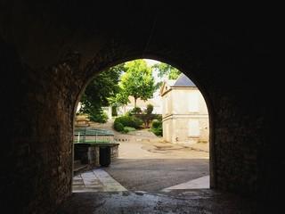 Sortie tunnel vers parc
