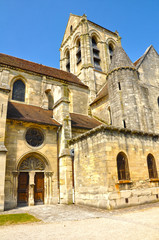 Auvers-sur-Oise, la iglesia que pintó Van Gogh, Francia