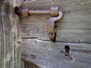 Il catenaccio e la chiave