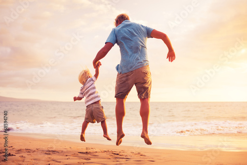 Father and son - 68594740