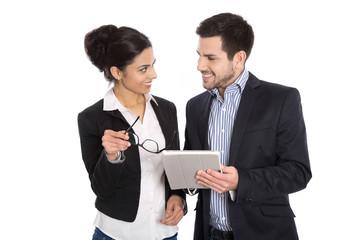 Liebe am Arbeitsplatz oder erfolgreiche Zusammenarbeit im Team