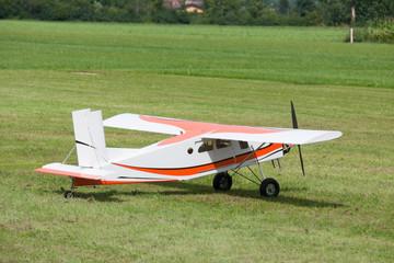 Flugzeug - Modellflugzeug