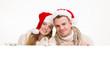 Weihnachten Paar hält weißen Hintergrund