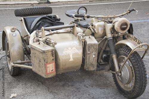 moto - 68604940