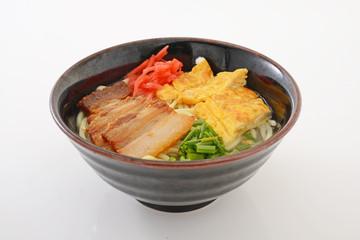 美味しそうな沖縄そば