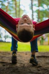 Портрет счастливого подростка на отдыхе