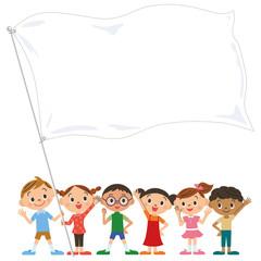 旗を持つ子供達