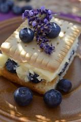 Puddingkuchen deluxe- Pudding, Keks und Lavendel