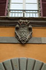 Stemma dei Medici, scultura famiglia dei Medici, Pisa