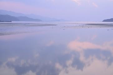 夕方の静かな海