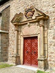 Portal der Pfarrkirche St. Kilian in Lichtenau (Kreis Paderborn)