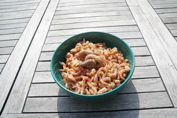 Krabben auf Teller