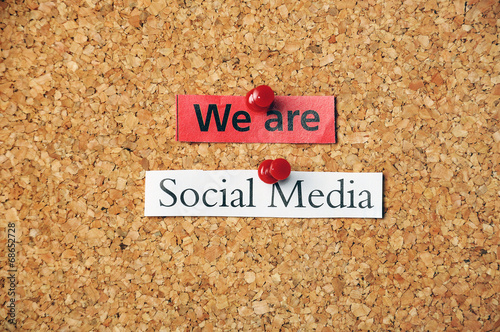 social media corkboard