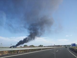 Incendio en la autovía