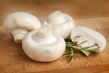 mushrooms with rosemary