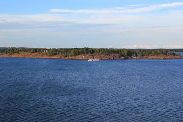 Passagierschiff vor der Küste Finnlands nahe Helsinki