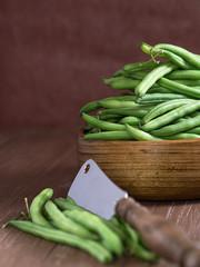 Grüne Bohnen in einer Schale