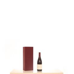 Weinflasche mit Aufbewahrungsbox