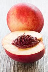 Brugnon et Nectarine