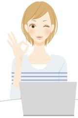 PC パソコンの操作をする女性