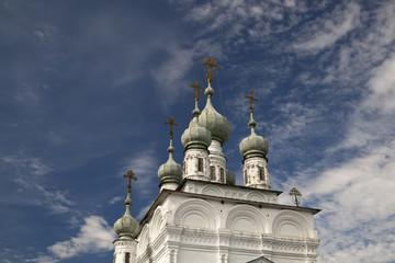 Кресты в облаках. Соликамск