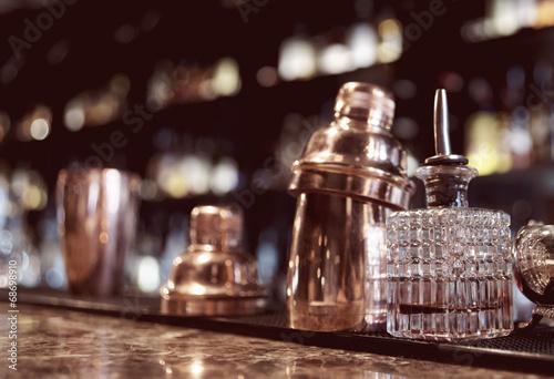In de dag Buffet, Bar Bartender tools on bar counter
