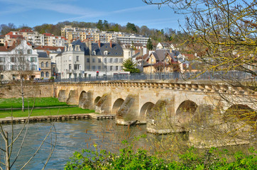 France, the picturesque city of Meulan
