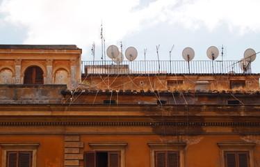 Rome, pollution antenna