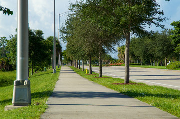 Sidewalk view on Livingston Rd in naples florida