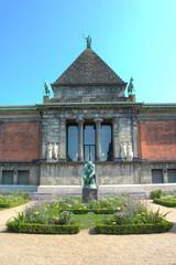 Grubleren Statue Ny Carlsberg Glyptotek København