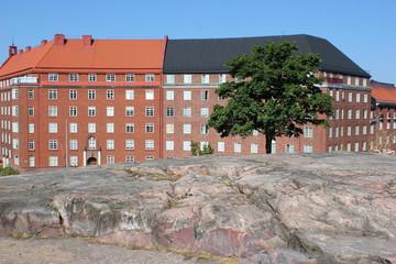 Die Fassade von Wohnhäusern in Helsinki (Finnland)