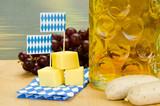 käse und weißwurst zum massbier