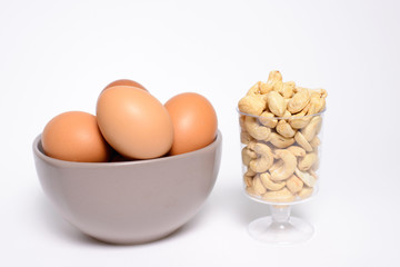 Health cashew nuts, eggs, these are food for energy