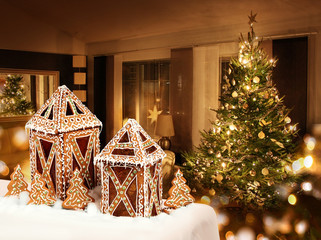 Gingerbread cookies cottages Christmas tree room