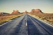 Zdjęcia na płótnie, fototapety, obrazy : Long road