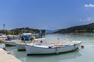 Fischerboote Methana Griechenland