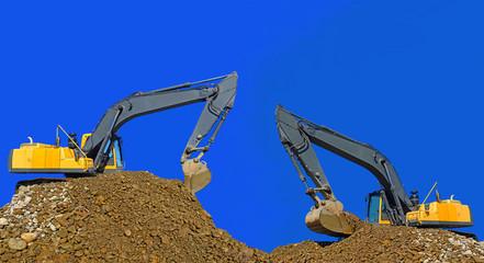 Loading gravel excavator