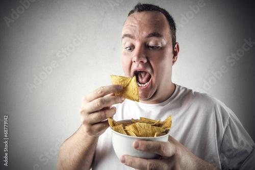 feeling hungry - 68779142
