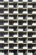 canvas print picture - Hochhausfassade mit Bauarbeiter