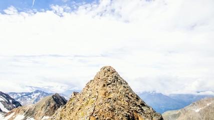 Zeitraffer - Wolken am Gipfel