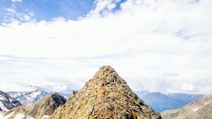 Wolken am Gipfel