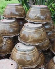 Pots upside Dragon