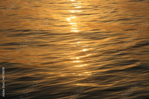 canvas print picture Spiegelung im Meer