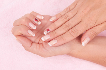 nail french manicure