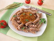 Vollkorn-Nudeln mit Grünkern Bolognese