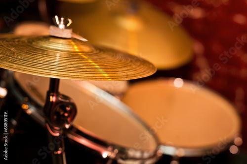 Fragment drumset closeup - 68805119
