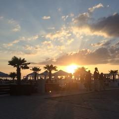 Lounge mit Sonnenuntergang