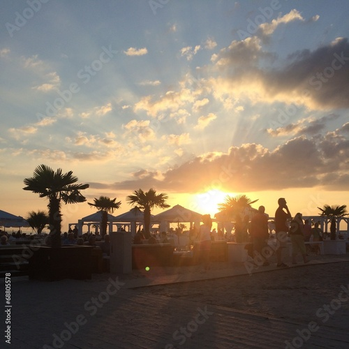 canvas print picture Lounge mit Sonnenuntergang